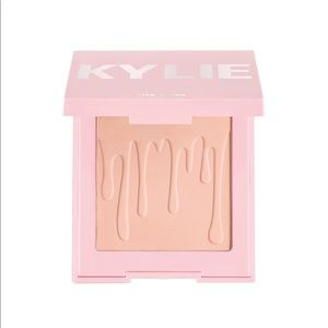 Kylie your perfect powder